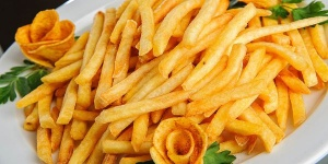Как приготовить картошку фри на сковороде