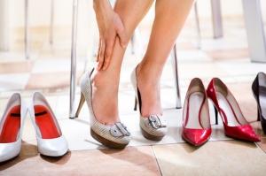 Чем опасны высокие каблуки