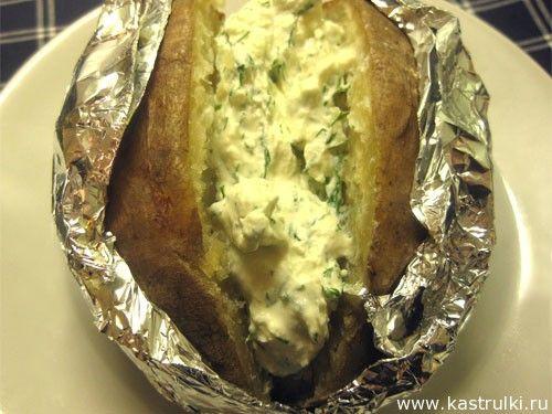 Картошка в фольге в духовке с начинкой рецепт пошагово