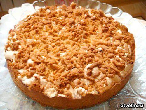 Тертый пирог с яблоками и безе рецепт