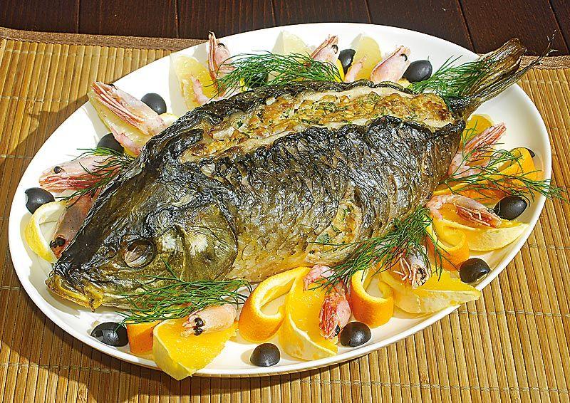 Сазан фаршированный овощами рецепт