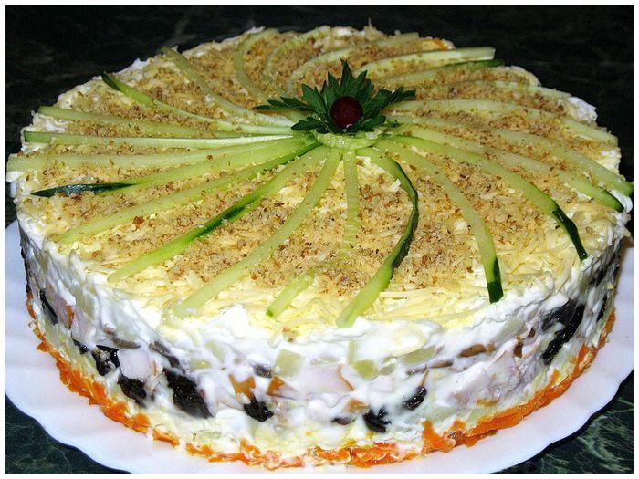 Рецепт салата на стол праздничный