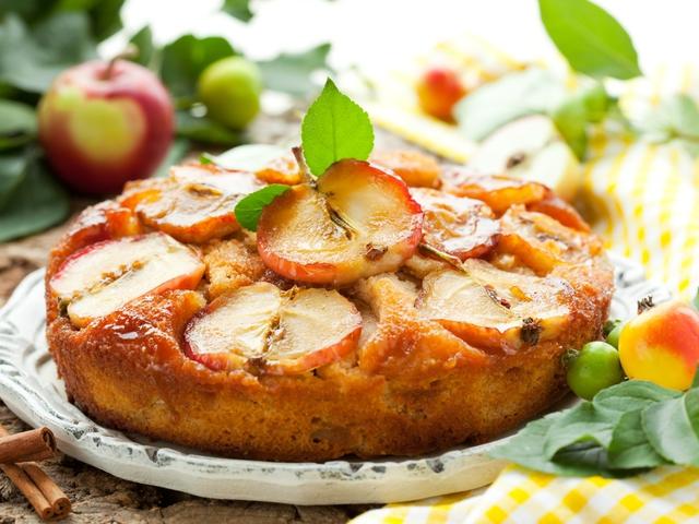 Рецепт шарлотки яблоками с фото