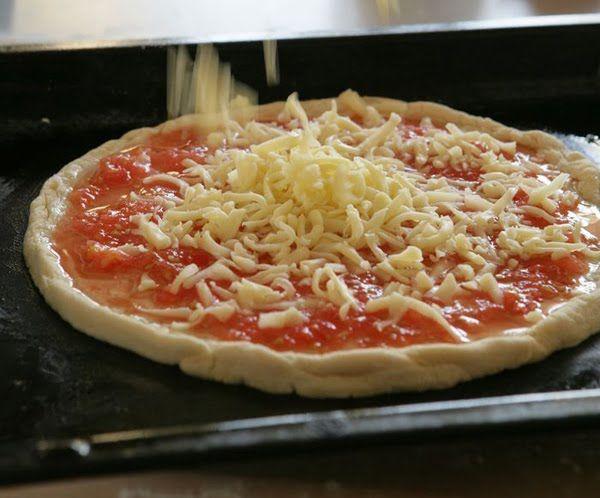 Как приготовить пиццу маргарита в домашних условиях
