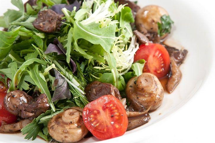 Салат из куриной печени с руколой рецепты с простые и вкусные